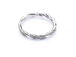 Absolutely Stunning Silver Crystal Ring