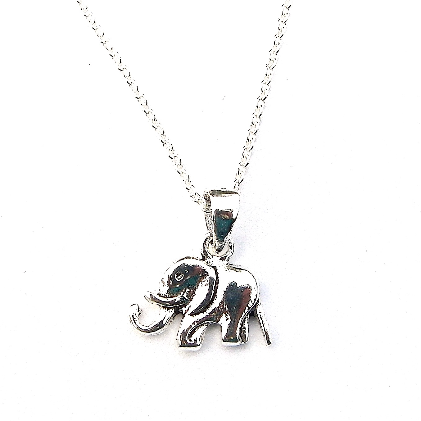 Beautiful Dainty Elephant Necklace