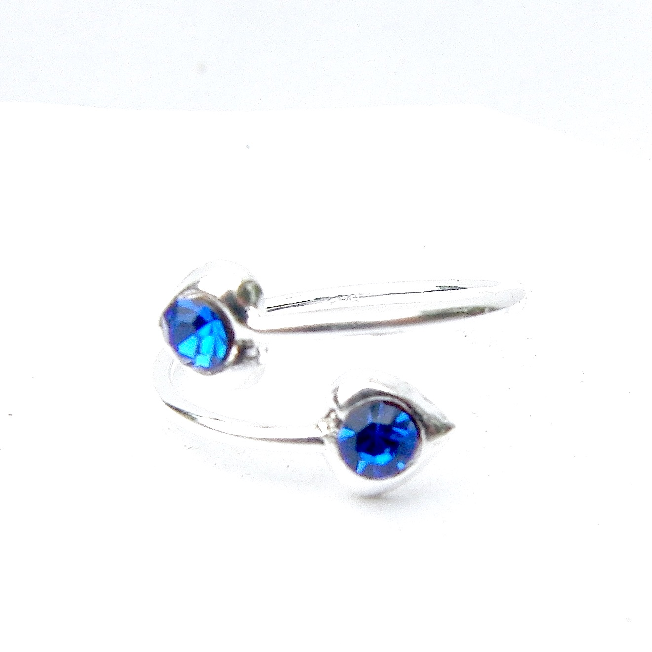 Beautiful Sapphire Crystal Heart Toe Ring