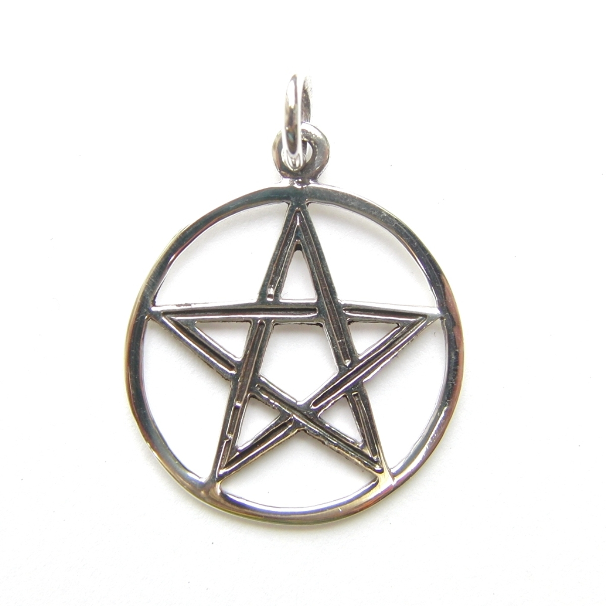Lovely Silver Dainty Pentagram