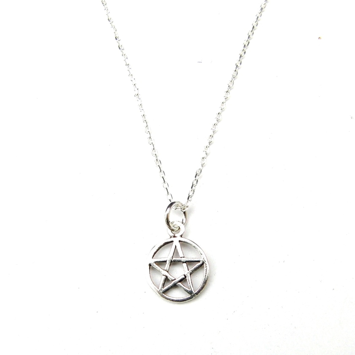 Dainty Pentagram Necklace