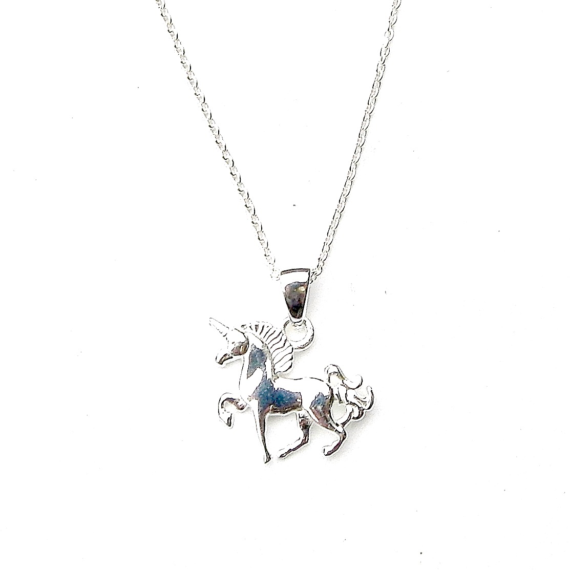 Beautiful Dainty Unicorn Necklace